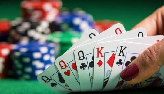 Hitungan Kartu Judi Poker